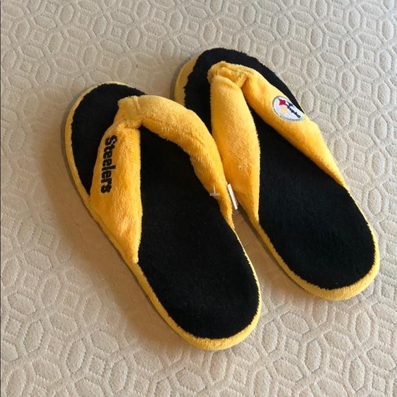 ddbebf94 Women's Steelers Plush Sandal Slippers Size 7/8